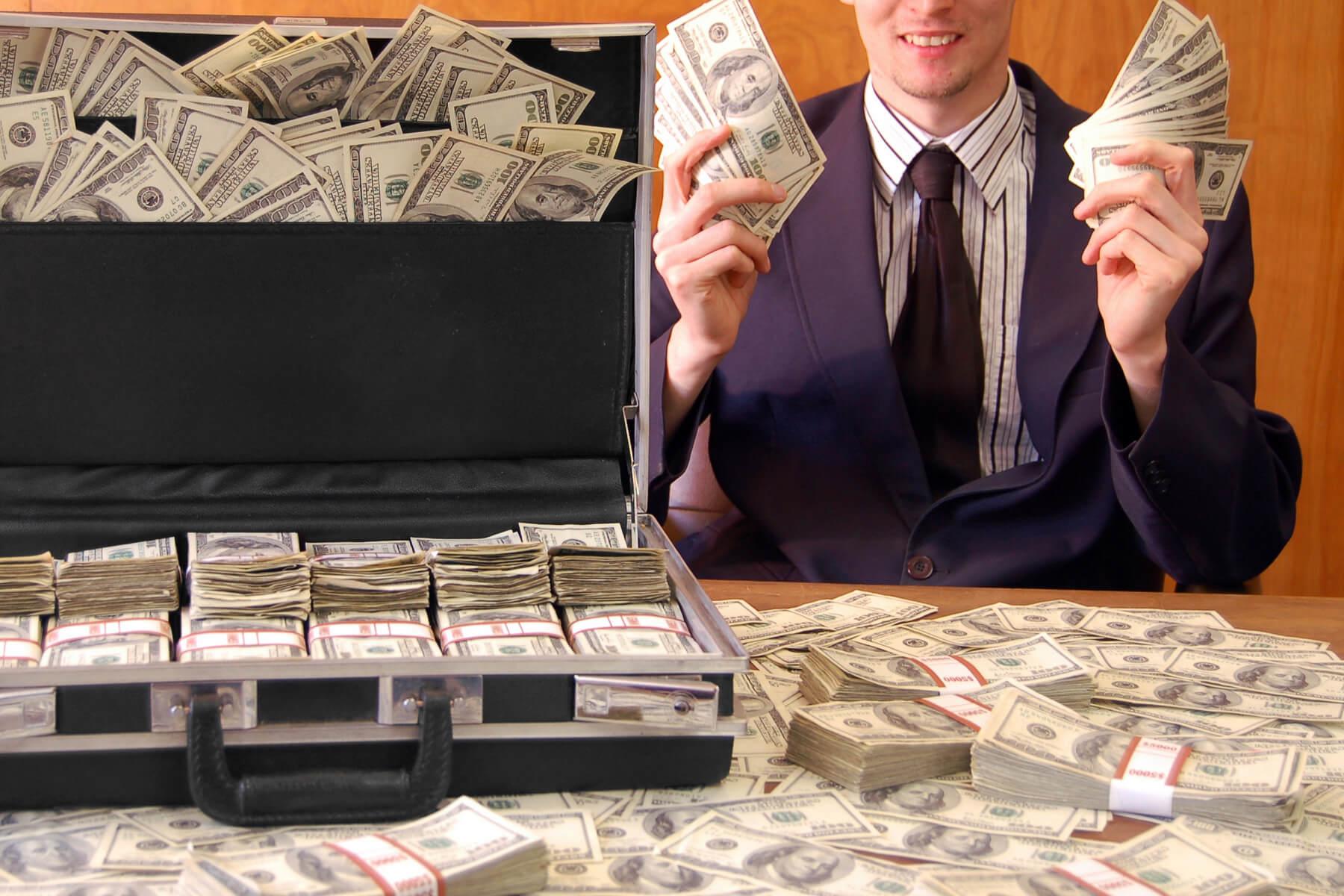 Куда лучше инвестировать деньги в кризис: ТОП идей №1